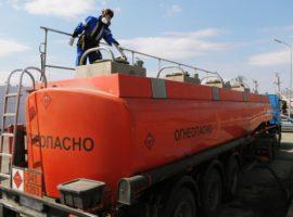 Минск предложил компаниям из России самим ввозить нефть для своих АЗС
